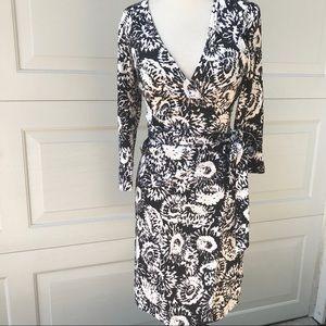 Diane Von Furstenberg Julian Wrap Dress 2 Black